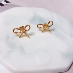 Kate Spade Small And Cute Bow Earrings
